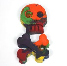 Halloween Skull and Crossbones Recycled Crayons  by WizardAtWork, $2.50