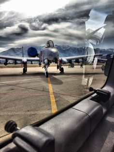 Military Jets, Military Aircraft, Air Fighter, Fighter Jets, Hog Dog, Tacoma World, Aircraft Pictures, War Machine, Air Force