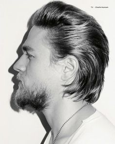Jax Teller Haircut 2019 - Today I will show you the Coolest Men Actor Son of Anarchy TV Shows. This is the British Men's Actor His Name Charlie Hunnam as Jax Teller. And I have collected the Lots of the … Charlie Hunnam, Latest Hairstyles, Hairstyles Haircuts, Haircuts For Men, Jax Teller Haircut, Modern Mullet Haircut, Hair And Beard Styles, Long Hair Styles, Terry Richardson