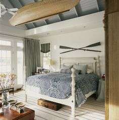 Coastal Bedroom in w