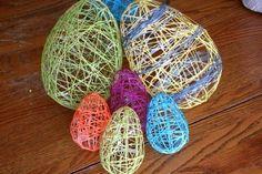 Huevos de pascua con hilos.  Easter eggs made with threads