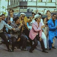 Uptown Funk video shoot AUHHH FREAKIN LOVE THIS SONGGGG
