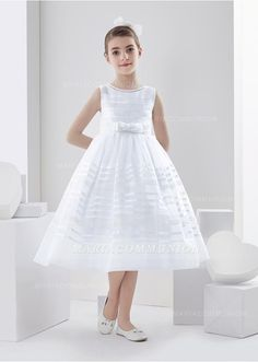 Bateau Neck Sleeveless Tea Length Ball Gown Organza First Communion Dress  Holy Communion Dresses fc425598be6b