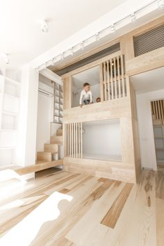 Look at picking specific sort of attic bed based on who will sleep with it. Loft bed ought to be though. Loft bed answers the requirement for additional space when keeping up a good spot. Modern Bunk Beds, Loft Stairs, Bed Stairs, Apartment Renovation, Apartment Layout, Apartment Living, Apartment Ideas, Kids Bunk Beds, Loft Beds