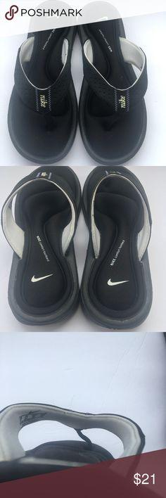 a4f77bc622e3 Nike Womens Comfort Flip Flops Size 8 U.S. Black Nike Womens Comfort Slides  Flip Flop Sandals