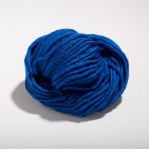 Royal Blue Yarn, Virgin Wool   www.silkandoyster.de