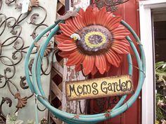 hose wreath, would be suuuuper cute for spring :) @Lori Albertson