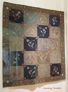 Absolutely breath taking crib quilt.  I need to make one like this for Lexi!