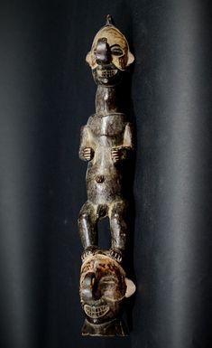 Nu in de #Catawiki veilingen: African Tribal Double YAKA Mukoku Votive Figure. Democratic Republic of the Congo.