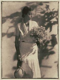 Schiaparelli 1930 Photo Hoyningen-Huene, Summer Dress