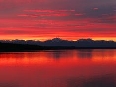 Olympic Mountains, Puget Sound