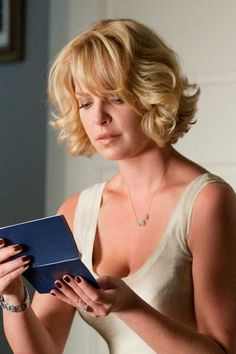 10. The perfect 'do. Katherine Heigl in Killers...terrible movie, but I love her hair!    #modcloth #wedding