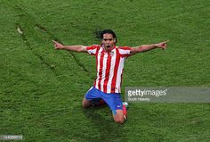 Radamel Falcao of Atletico Madrid celebrates scoring his team's second goal during the UEFA Europa League Final between Atletico Madrid and Athletic. Messi, Carlos Valderrama, Football Transfers, Transfer Rumours, Transfer Window, Europa League, Athletic, Manchester United, Monaco