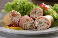 """Que delicia almorzar hoy martes unos """"VICTORIA ROLLS"""" de la @reposteriaastor    www.elastor.com.co"""