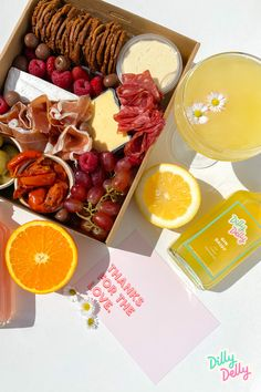 The perfect weekend set-up. You can add delicious grazing platters from I'm Plattered to your Dilly Delly cocktail orders! #GrazingBoards #GrazingTable #Events #Picnics Pop Up Bar, Grazing Tables, Picnics, Cocktails, Events, Canning, Food, Craft Cocktails, Essen