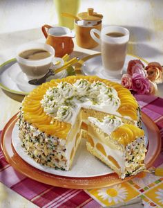 Unser beliebtes Rezept für Aprikosen-Joghurt-Torte und mehr als 55.000 weitere kostenlose Rezepte auf LECKER.de.