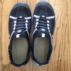 Jeep shoes-J 41 Jeep shoes, great tread, comfy , breathable and great for outside water activities. Size 7.   Only wore once and just like new Jeep  Shoes Athletic Shoes