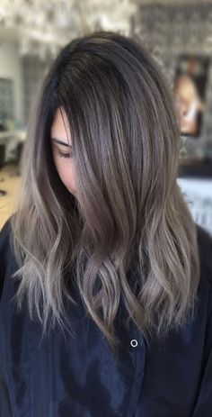 Best Hairstyles & Haircuts for Women in 2017 / 2018 : 18 Gorgeous Shades of Brown Hair for Summer Fun in the Sun Brown hair is often c… Brown Hair Color Shades, Hot Hair Colors, Hair Color And Cut, Brown Hair Colors, Summer Brown Hair, Hairstyles Haircuts, Cool Hairstyles, Rides Front, Hair Color Balayage