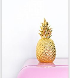 NEW GOLD PORCELAIN CERAMIC PINEAPPLE CHIC HOME DECOR In Gift Box #DKLiving #Contemporary