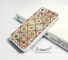 Rose of Sharon quilt.  I love this quilt, would love to have it on my phone!!!  iPhone 5 case, iPhone 4 case, iPhone 4s case, case for iPhone 4, floral pattern W342. $16.99, via Etsy.