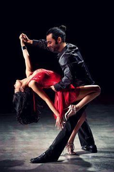 ideas salsa dancing poses argentine tango for 2019 - Dance Shall We Dance, Just Dance, Cool Dance, Latin Dance, Dance Art, Danse Salsa, Baile Latino, Foto Portrait, Tango Dancers