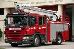 Line rescue unit foreign fire apparatus pinterest for Garage mercedes royan