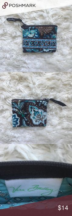 Vera Bradley Coin Purse Teal and brown Paisley print coin purse. Zip closure. In great used condition. Vera Bradley Bags