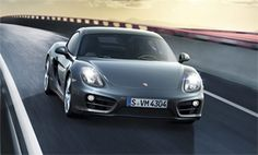 Taking advantage of the Los Angeles Auto Show, Porsche released full details and pricing on the new Cayman Coupe, a model which will go on sale starting 20 2014 Porsche Cayman, Auto News, Automobile Industry, Automotive News, Amazing Cars, Hot Cars, Bike, Vehicles, Zoom Zoom