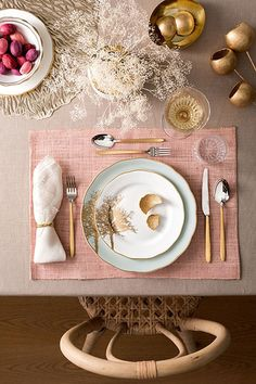 Pastel Perfection Pastel Perfection – 25 Thanksgiving Table Arrangements You Can Totally Master, According To Pinte