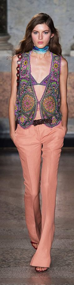 Emilio Pucci Collection Spring 2015       Crochet