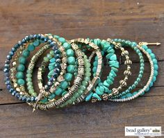 DIY Bohemian Groove Bracelet featuring #BeadGallery chip beads available at @michaelsstores #madewithmichaels