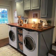 Vintage Stuff Modern Basement Remodel Laundry Room Ideas 16 - Traditionally, washers and dryers were located in the basement. This is a little like storing garden tools in the attic. Laundry Room Remodel, Laundry Room Cabinets, Laundry Room Organization, Laundry Room Design, Laundry Rooms, Laundry Closet, Diy Cabinets, Laundry In Kitchen, Laundry Room Countertop