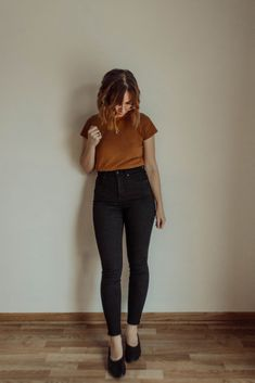 I thought it might be helpful to you if I were to do a comprehensive Everlane denim guide, and keep it in one spot so you can refer/compare whenever. Fall Outfits, Summer Outfits, Casual Outfits, Cute Outfits, Fashion Outfits, Womens Fashion, Fashion Trends, 20s Outfits, Cheap Fashion