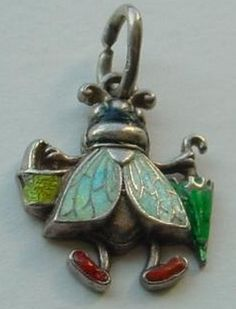 ≗ The Bee's Reverie ≗ vintage bee charm with purse and umbrella!