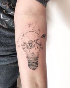 Line Art Tattoos, Mini Tattoos, Body Art Tattoos, Small Tattoos, Tattoos For Guys, Tattoos For Women, Tatoos, Little Prince Tattoo, Little Tattoos