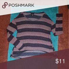 Causal Sweater High low V- Neck Rue 21 Tops Sweatshirts & Hoodies
