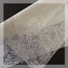 *Au point du plaisir* bobbin lace, binche lace, embroidery
