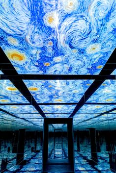 Van Gogh& paintings come to life at this incredible art museum. Come take a tour. Van Gogh Pinturas, Vincent Van Gogh, Gustav Klimt, Van Gogh Museum, Art Museum, Museum Exhibition Design, Museum Logo, Graphic Novel, Inspiration Artistique