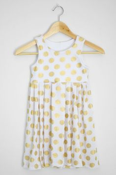 istillloveyou- tutorial painting a plain white dress into a pretty gold polk a dot pattern