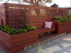 wood garden fence with seating