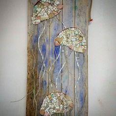 """Tre Meduse"" misure:132x36, quadro a mosaico. #nonsolopesci #facebook #homify #mosaico #unique #chabbychic #smaltiveneziani #design #oldwood #restaurantdecor #instagram #restaurantdesign #artistic #art #pescado #pesci #meduse #jellyfish #Cesenatico #beachdesign #nautica #rivieraadriatica #beautifuldecor #coastalstyle #homedecor #vscocam #recyclewood #customdesign #casaalmare #madeinitaly"