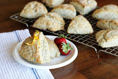 Glazed Lemon Poppy Seed Scones Recipe -- these scones have lots of lemon flavor, enhanced by the poppy seeds and a lemony glaze! Lemon Poppyseed Scones Recipe, Poppy Seed Scones Recipe, Lemon Poppy Seed Scones, Lemon Scones, Easy Popover Recipe, Meyer Lemon Recipes, Vanilla Recipes, Turnover Recipes, Cooking Bread