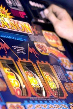 Das illegale Glücksspiel ist vielerorts in der heutigen Zeit ein großes Problem. Neben zahlreichen legalen Angeboten verstecken sich gleichzeitig noch immer Anbieter, die schwarzen Schafe, die ihr Angebot illegal präsentieren. Auch in Berlin ist das illegale Glücksspiel ein Thema.  Verschärftes Vorgehen gegen illegales Glücksspiel wird von Berliner Automatenkaufleute begrüßt