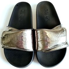 Victoria's secret PINK slides Size MEDIUM (8 - 91/2) Adjustable velcro slides Extremely comfortable ***they do show some signs of wear on the silver part and a few minor scuffs*** -sole is in great condition. Pink Sandals, Pink Shoes, Women's Shoes Sandals, Vs Pink Slides, Victoria's Secret Pink, Black Silver, Pink Ladies, Signs, Medium