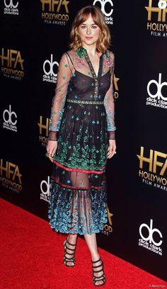 Dakota Johnson - 19e cérémonie annuelle des Hollywood Film Awards au Beverly Hilton Hotel à Beverly Hills, le 1er novembre 2015.