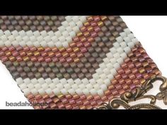 How to Flat Odd-Count Peyote Stitch video tutorial