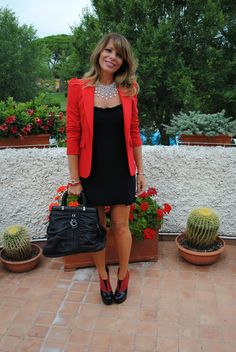 Little black dress and red blazer HELLO CHRISTMAS OUTFIT!!!