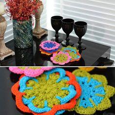 Faça a diferença na sua sala de jantar com lindos porta copos  A receita desse modelo da Círculo com Barroco Maxcolor você encontra no armarinhosaojose.blogspot.com.br Fios no www.armarinhosaojose.com.br #artesanato #croche #barroco #barbante #circuloprodutos #lovecroche #crocheteira #crochebrasil #saojosearmarinho #decoracao #handmade #feitoamao Imagens: Círculo