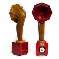Little Horn Mini Audio Speakers in Dark Red