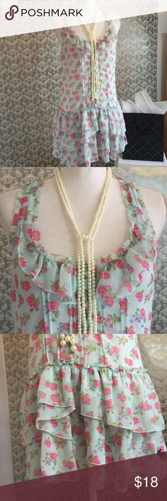 Abercrombie & Fitch flora print ruffled top 31 inches in length fabric 100% polyester Abercrombie & Fitch Tops